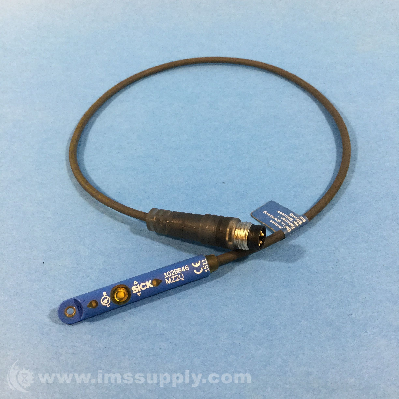 Sick 1029846 Magnetic Cylinder Sensor, T-Slot, PNP, NO, DC 4-Wire ...