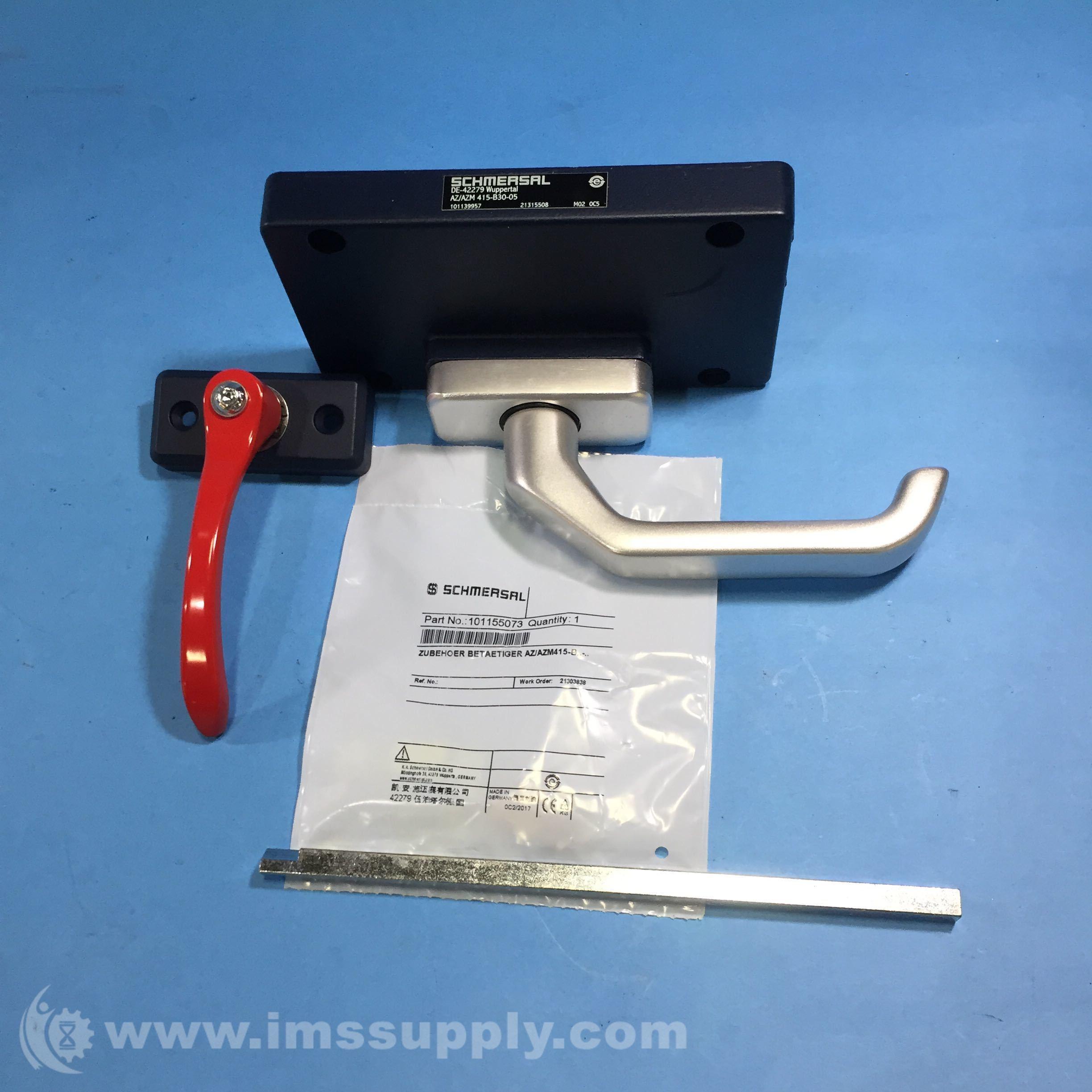 Schmersal 101139957 Actuator And Emergency Exit Handle Kit